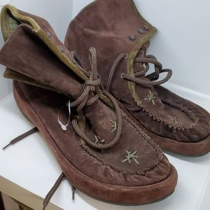 Robert Clegerie E space brown lace booties 10